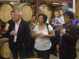 Chief Louie (right) also took the opportunity of a visit to the winery of the official Mainz City Vintner to exchange views on the wine business and to compare some local Mainz wines with those of his band's prize-winning Nk'Mip Cellars.